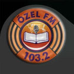 Özel FM